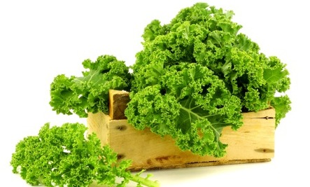 8 Health Benefit of Kale + Diet Cautions