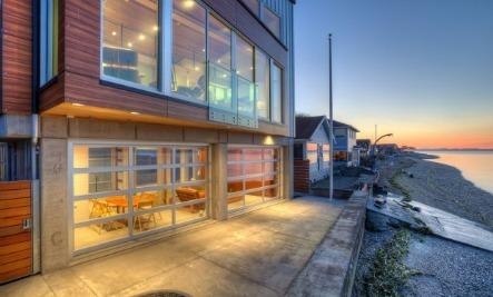 A Striking Tsunami-Resistant Home
