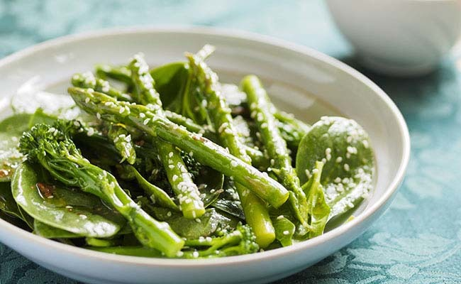 14 Spring Veggies: Health Benefits & Tasty Recipes