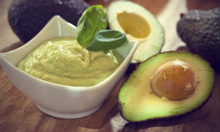 Avocado Beauty Tips for Healthy Skin & Hair