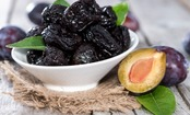 The Dried Fruit That Could Prevent & Reverse Bone Mass Loss