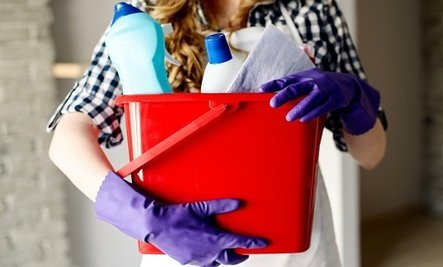 Study Finds Common Cleaning Products Fail Safety Testing