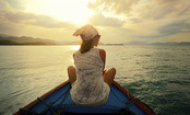 A Female Guide to Solo Travel (Infographic)