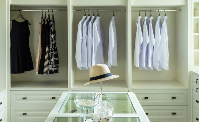 5 Different Solutions To Fix Your Cluttered Closet