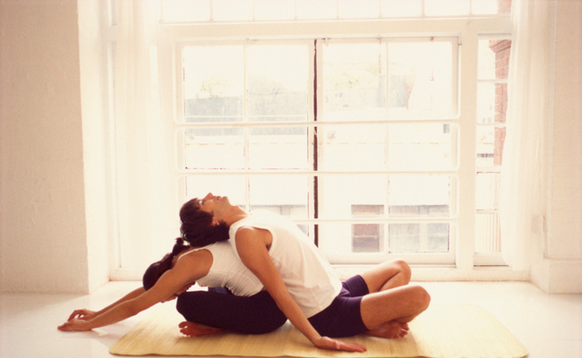 4 Beginner Friendly Partner Yoga Poses