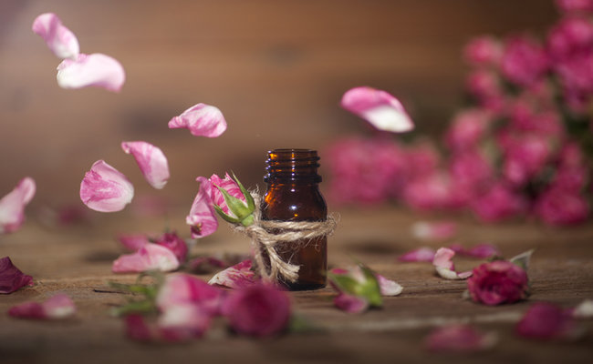 Top 6 Essential Oils for Headaches and Migraines | Care2 Healthy Living