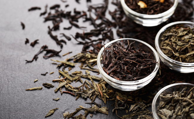 Black Tea: Kitchen Cupboard Beauty Tips
