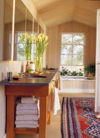 This Elementally Balanced Bathroom Brings a Vibrant Richness to the Space