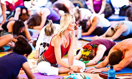 Interview with :   Shiva Rea, Yogini Firekeeper, Sacred Activist and Creator of Prana Flow Yoga