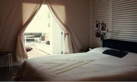 ace-hotel-bedroom-free-city-bedspread
