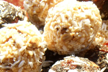 peanut butter bliss balls