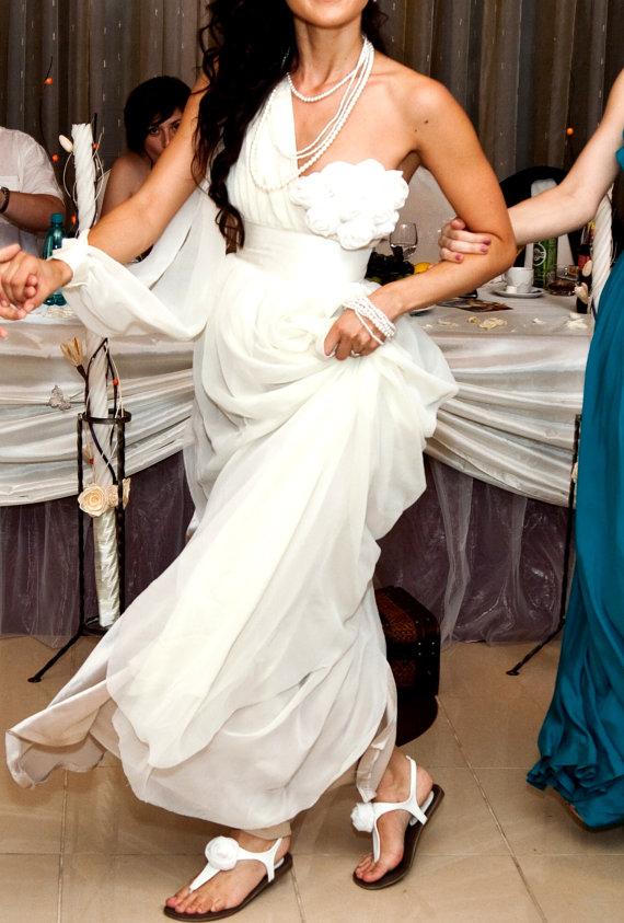 8 Handmade Summer Wedding Dresses - cute sexy sandal