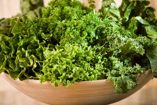 leafy greens calcium