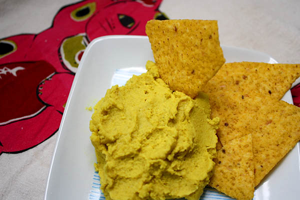 Healthy Snack Idea: Curried Lentil Hummus