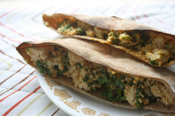 healthy lunch idea: pita pockets