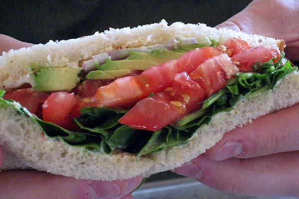 avocado lettuce tomato sandwich