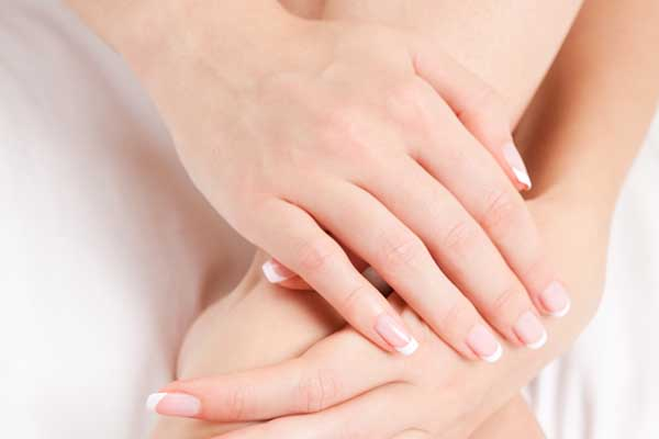 healthy nails castor oil