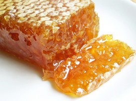 Honey comb by bionicgrrrl via flickr