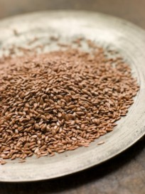 For a healthy brain, stock up on foods that are rich in omega-3 fatty acids, such as fish, flaxseed, raw nuts and seeds.