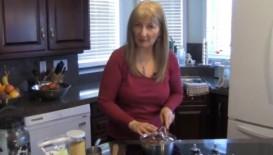 Diana cooking quinoa 2