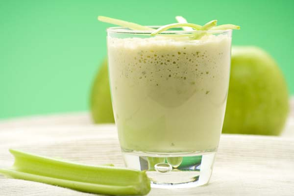celery apple lemon sports drink