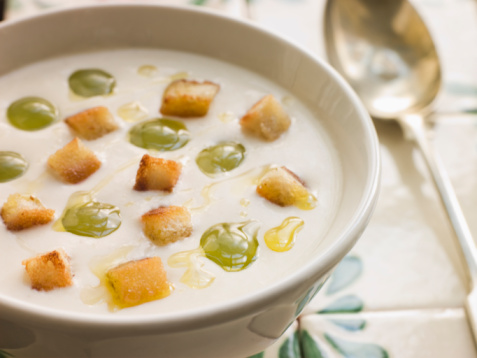 Ajo Blanco – White Garlic Soup Recipe