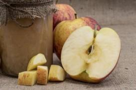 Homemade sugar free apple sauce - yum!