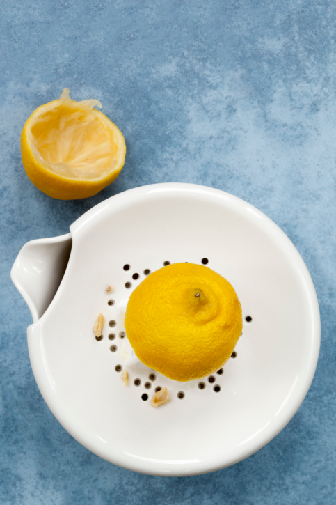 10 Creative Ways to Reuse Lemon Peel