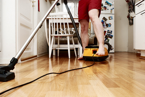 Natural Remedies for Fall Allergies: Vacuum and Dust
