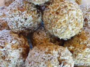 Raw Apricot Coconut Balls