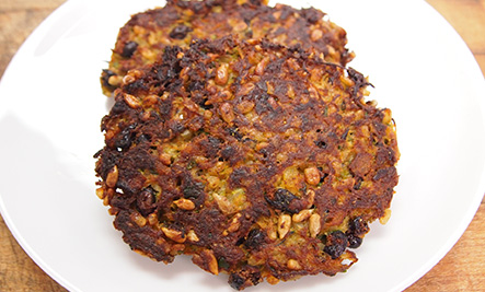 2_Care2 black bean burgers_443x267_72
