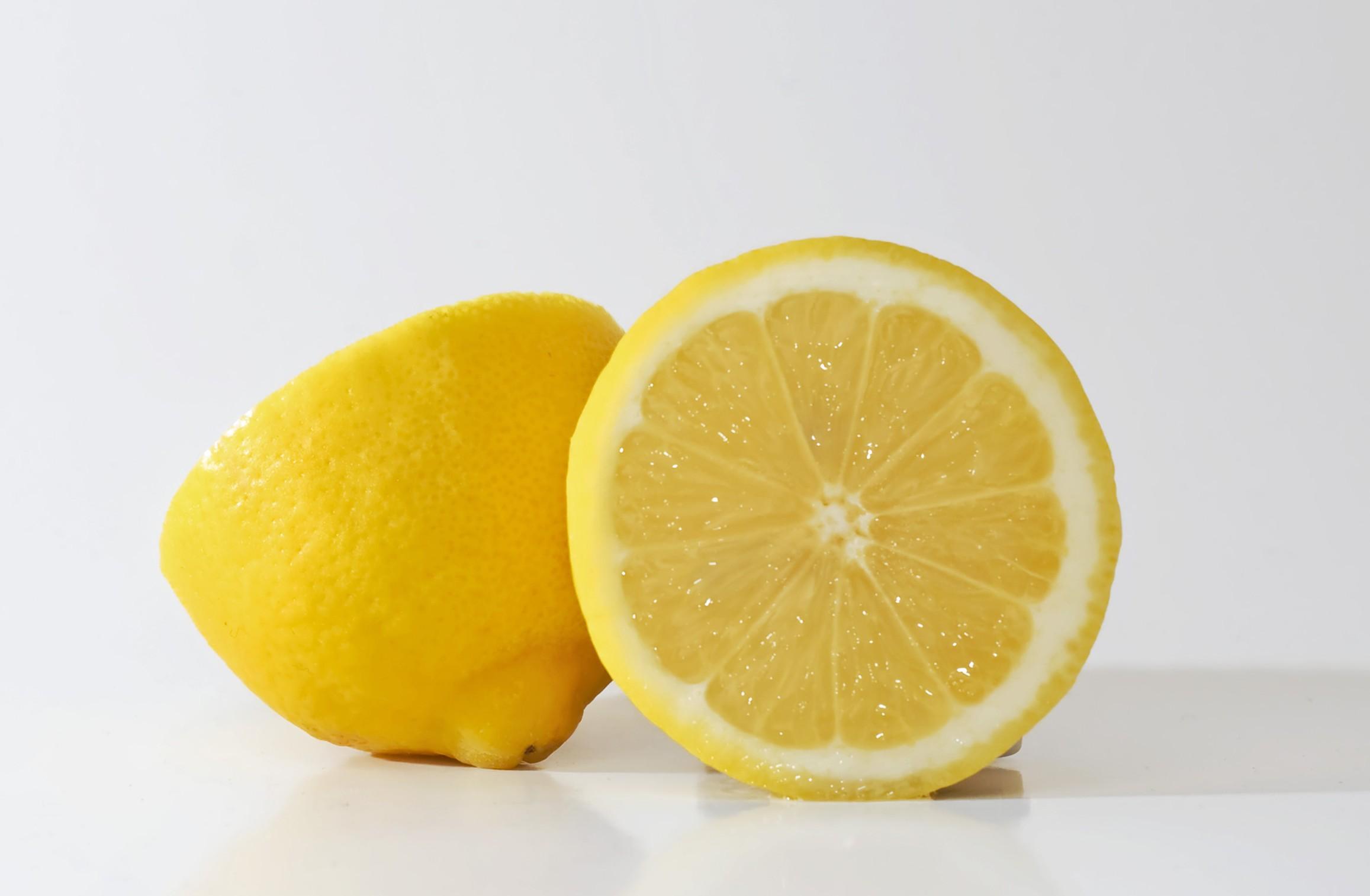 Lemons are winter fruits.