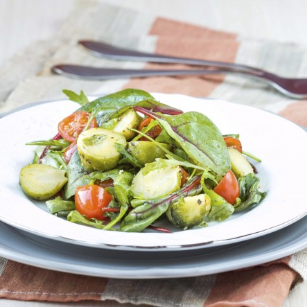 Salad-BrusselsSproutsCabbageTomatoes470179647 (2)