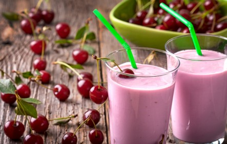 smoothies, nut butter, peanut butter, coconut butter, almond butter, green smoothie, nut butter smoothie, recipes, smoothie recipes, vegan recipes, breakfast recipes