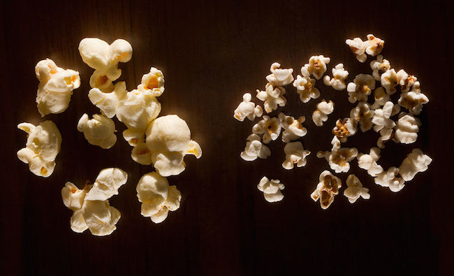 1024px-Popcorn_and_pop_sorghum
