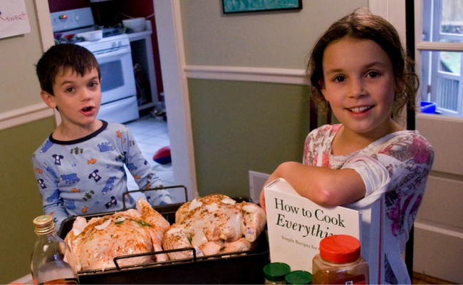 3 Ways Cooking Can Help You Bond with Your Kids- Care2 (1)