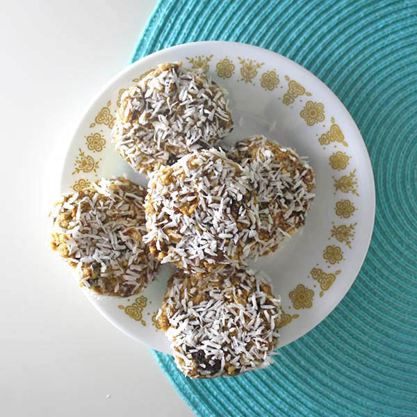 No Bake Cookies from Glue and Glitter