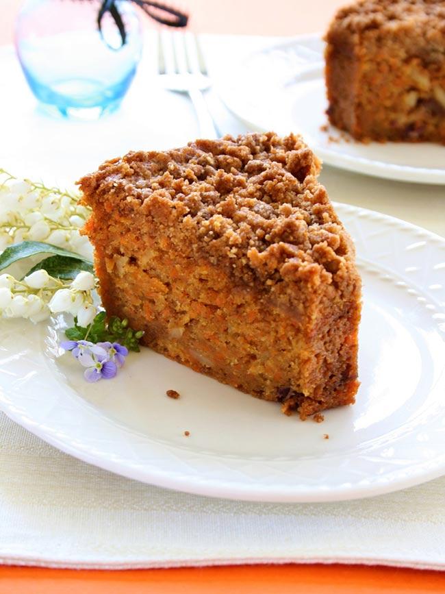 Carrot Crumb Cake Recipe by Hannah Kaminsky - Care2