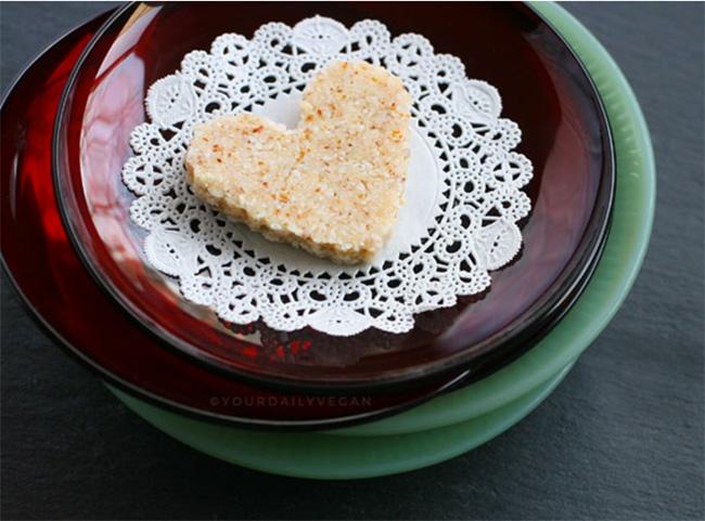 Coconut Almond Macaroons Recipe - Care2