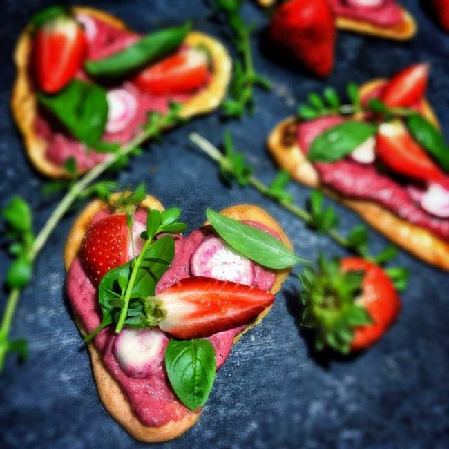 Heart-Shaped Pizza Recipe - Care2