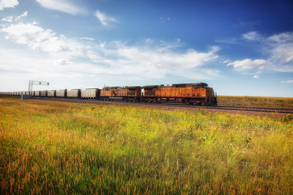 wyoming train fossil fuels coal