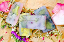 DIY-Rose-Petals-Soap-Directions