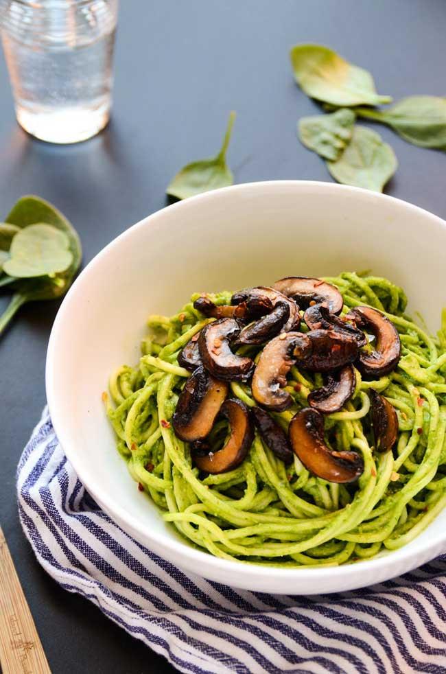 avocado-spinach-pesto-pasta-blissful-basil