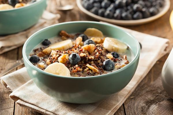 Quinoa Porridge with Fruit and Nuts