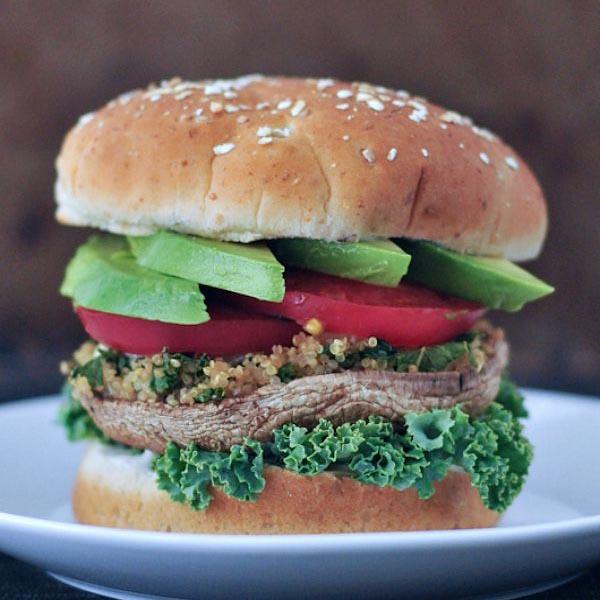 Garlic Kale Stuffed Mushroom Burger from Spabettie