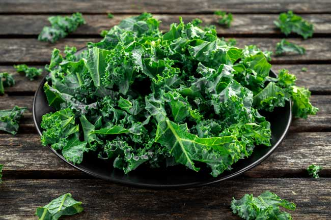 Kale is a great ingredient for weight loss to add to your smoothies.