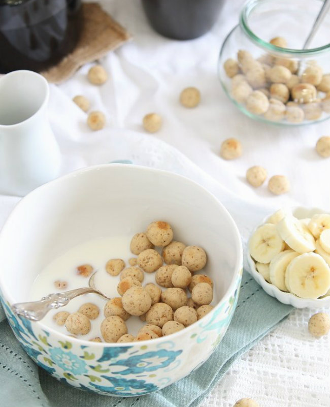 Homemade vanilla almond puff cereal