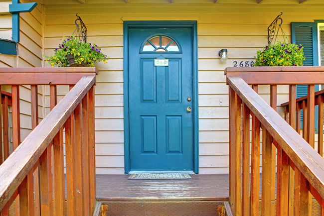 Door Colors and a Great-Looking Home