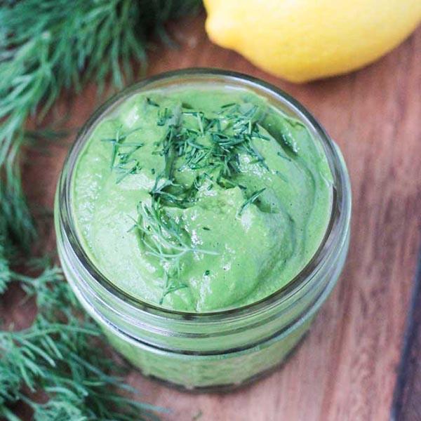 Creamy Vegan Dill Sauce with Spirulina