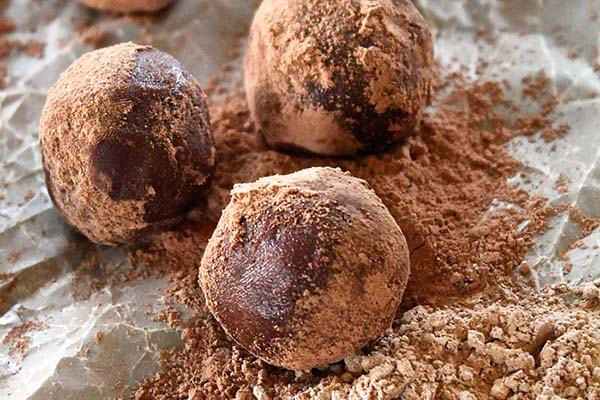 Maca Truffles from My Darling Vegan